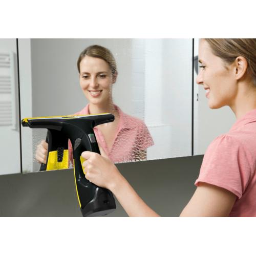 Уред за почистване на прозорци Karcher WV 2 Premium Black Edition (16334260), Литиево-йонна батерия и време за работа 35мин